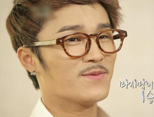 韩国歌手 Ulala Session